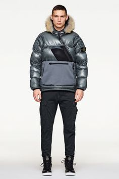 <p>Stone Island Fall/Winter 2017 Lookbook</p>