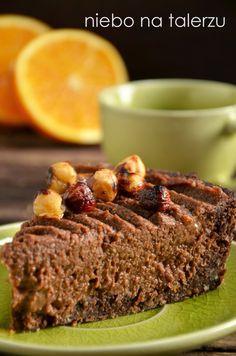 niebo na talerzu: Tarta z kaszy jaglanej. Czekoladowa tarta z kremem. Czekoladowa tarta jaglana z pomarańczą i orzechami