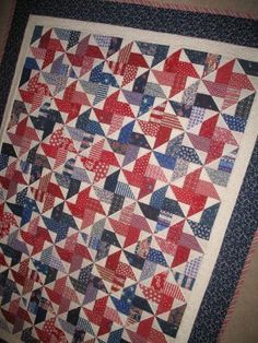 bitty bits & pieces: Red, White, & Blue Quilts