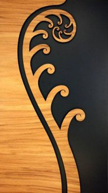 A New Zealand Maori style layered wooden fern frond wall art panel. Maori Designs, Tattoo Designs, Tribal Designs, Tattoo Tortuga, Elefante Tribal, Maori Patterns, Zealand Tattoo, Polynesian Art, New Zealand Art