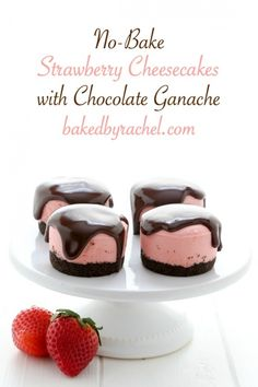 No bake mini strawberry cheesecakes with chocolate ganache. Recipe from (mini cheesecakes easter) Mini Desserts, Sweet Desserts, Just Desserts, Sweet Recipes, Delicious Desserts, Cupcakes, Cupcake Cakes, Cheesecake Recipes, Dessert Recipes