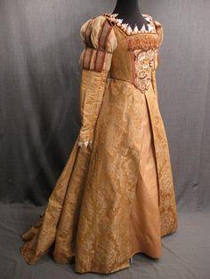 Renaissance costume -- peach brocade