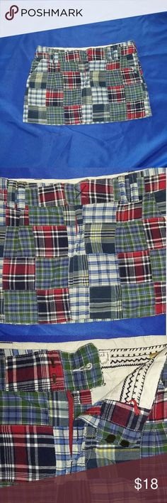 American Eagle Plaid Lined Cotton Mini Skirt EUC adorable mini skirt by American Eagle Outfitters size 8. It is a madras plaid pattern. Pockets on both sides. Zipper and claw closures. Back pockets with a brown wooden button. The skirt has belt loops and a lining. The material is 100% cotton. This is pre owned but is in excellent condition. Measurements in the photo gallery. Thank you for visiting my castle. American Eagle Outfitters Skirts Mini