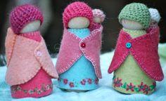 Woody & Purl Mama and Baby waldorf peg dolls
