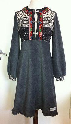 redesign Reuse Clothes, Sewing Clothes, Diy Fashion, Fashion Outfits, Womens Fashion, Jeans Fashion, Sweater Skirt, Textiles, Dress Skirt