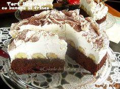 Tort Brownie cu banane si frisca este un tort minunat, un desert de week-end.