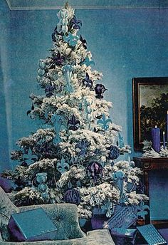 Vintage Better Homes  Gardens Christmas Crafts, 1970 We always had a blue and silver tree when I was a child