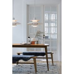 Vintage Scandinavian Louis Poulsen Pendant Warmly Lights White Dining Room with Wood Table - Eclectic Home Decor Danish Interior Design, Scandinavian Interior, Danish Design, Top Interior Designers, Pallet Patio Furniture, Plywood Furniture, Furniture Ideas, Cheap Home Decor, Home Decor Accessories