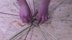 Papierowa wiklina krok po kroku -  jak zrobić okrągłe dno