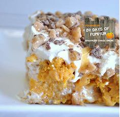 Its PUMPKIN CaKE! New fall treat I'm box yellow cake mix 1 small can pumpkin puree 1 tsp pumpkin pie spice, 1 – 14 oz. can sweetened condensed milk 1 – 8 oz. tub cool whip bag Heath Bits Caramel Sundae Sauce//THIS WAS SOOOOO DELICIOUS! Food Cakes, Cupcake Cakes, Sweet Recipes, Cake Recipes, Dessert Recipes, Dessert Healthy, Southern Recipes, Dessert Bars, Ono Kine Recipes