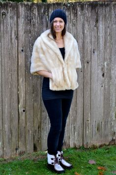 1950s vtg sz medium / large blond mink fur stole // USA MADE fur cape // FauxyFurr Vintage