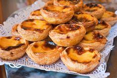 Freshly baked Pasteis De Natas in true Vida style!