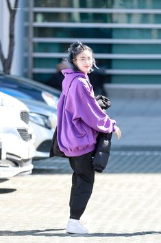 Kpop Fashion, Korean Fashion, Fashion Outfits, Kpop Outfits, Casual Outfits, Mode Kpop, Soyeon, Airport Style, Ulzzang Girl