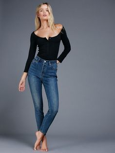 In a vintage-inspired silhouette and authentic stretch fabric these high rise skinnies hit perfectly at the ankle and are in a super flattering fit. Five-pocket style with a button closure and zip fly.