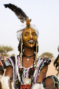 Africa | Portrait of a Wodaabe man participating in the Yaake dance during the Gerewol festival. Niger | © Hugh Sitton