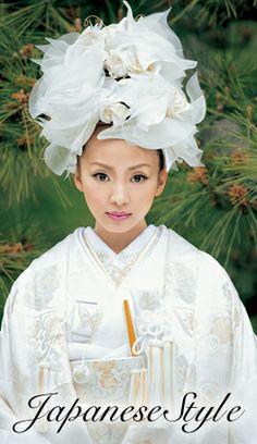 シェーナ・ドゥーノ 神田うのプロデュースウェディングドレス