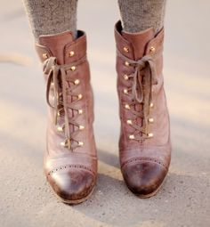 Lace Up Boots / vanessa bruno