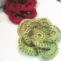 Wagon Wheel Crochet Flower