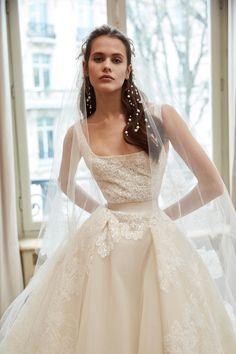 6117bcbbc74 Elie Saab Bridal Spring 2019 Collection - Vogue Elie Saab Dresses
