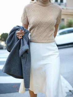 Loving the color combination - Grey Herringbone Coat, Camel Cableknit Turtleneck, white skirt || MEMORANDUM.com