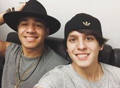 Richard y Christopher Cnco Richard, Just Pretend, Latin Music, My King, My Boys, Oreo, Boy Bands, Guys, Kpop