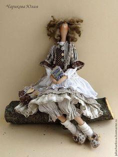 Куклы Тильды ручной работы. Ярмарка Мастеров - ручная работа Чудачка стоящая внимания. Handmade.