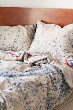 Magical Thinking Thora Tie-Dye Sham Set - Urban Outfitters