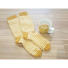 #villasukat #7veljestä #coffee #coffeeaddict #stripes #woolsocks #wool #socks #homemade #knitting #neuloosi Yoko, Knit Crochet, Villa, Knitting, Instagram Posts, Crafts, Diy, Ideas, Home Decor