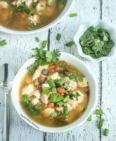 This White Chicken Chili is healthy, low carb and delicious! Healthy Recipes, Chili Recipes, Slow Cooker Recipes, Crockpot Recipes, Soup Recipes, Cooking Recipes, Keto Recipes, Free Recipes, Kitchens