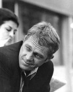 """Happy Birthday Steve McQueen There are few icons as timeless as Steve McQueen, the 'King of Cool'. Famously quoted as saying, """"I'm not sure whether I'm an actor who races or a racer who acts,"""" McQueen. Hollywood Stars, Old Hollywood, Hollywood Icons, Hollywood Actresses, Steeve Mcqueen, Steve Mcqueen Style, Ali Macgraw, Hommes Sexy, Star Wars"""