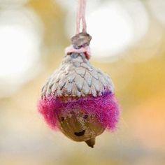 DIY Autumn : DIY Acorn Necklaces
