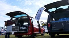 The ARCO System represents a significant new highlight from Vanessa Mobilcamping for all those who love sport.  The ARCO system retains all of the features of the traditional VanEssa Kitchen Systems, yet creates significant storage room within the van for valuable, bulky or long sporting equipment such as bikes, skis, boards and so on.