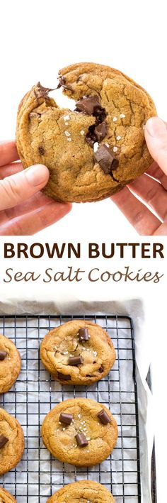 The BEST Brown Butter Salted Chocolate Chip Cookies. Soft and chewy cookies loaded with chocolate chunks and sprinkled with sea salt! Cookie Desserts, Just Desserts, Cookie Recipes, Delicious Desserts, Dessert Recipes, Yummy Food, Tasty, Cookies Soft, Yummy Cookies