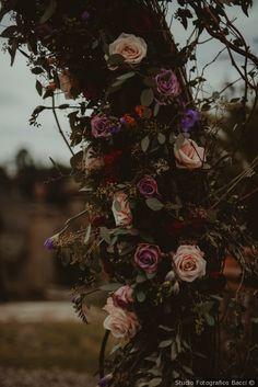 Decorazioni floreali di nozze #matrimonio #nozze #sposi #sposa #decorazioninozze #rustichic #bohochic #wedding #weddingideas #ricevimento #allestimentinuziuali #decorazionimatrimonio