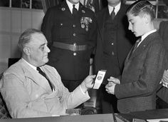 His Amazing Survival in 1939 Became a Kids' Classic | Newser Mobile