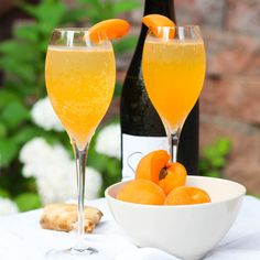 Apricot Ginger Bellini Recipe Cocktails, Beverages with sugar, water, apricots, ginger, sparkling wine