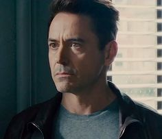 """Robert Downey Jr. (and his jawline) in """"The Judge"""""""