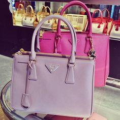 Prada bag - Secrets of stylish women