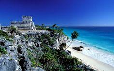 México se caracteriza por tener un clima caluroso en verano, lo que permite que el sector turismo escoja lugares con agua, arena y sol. La número 5 la ocupa Acapulco, un lugar que resultó ser en los 80's un paraíso terrenal. Actualmente en la zona costera se ubican los hoteles caracterizados por ser de gran