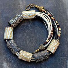 Колье, бусы ручной работы. Ярмарка Мастеров - ручная работа. Купить колье из полимерной глины кракелюр 6. Handmade. Черный
