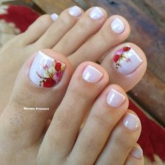 Toe Nail Designs give certain elegance to any woman's feet. Toe nail designs are beautiful and they complete the fashion look on every pedicure. Pretty Toe Nails, Cute Toe Nails, My Nails, Hair And Nails, Cute Spring Nails, Summer Toe Nails, Toe Nail Color, Toe Nail Art, Flower Toe Nails