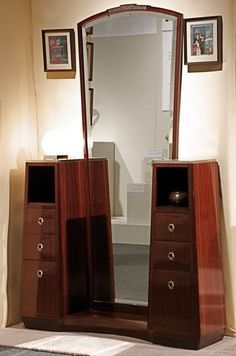 art deco furniture Have a totally curvy organic one already. Art Deco Furniture - lovely, isnt it Art Deco Furniture, Cool Furniture, Furniture Design, Street Furniture, French Furniture, Antique Furniture, Table Furniture, Furniture Ideas, Bedroom Furniture