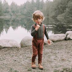 redwood suspender pants // rdark forest turtleneck // #babyfashion #bohobabyclothes #kidsfashion #bamboo #fallfashion #vintagebabyclothes #timelesskidsclothes #adelisaandco