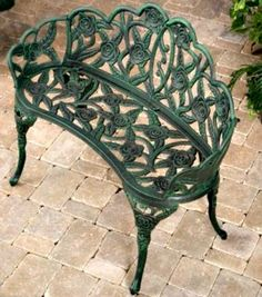 metal patio furniture includes aluminum steel wrought and cast iron discover the traits and history of cast iron - Cast Iron Patio Furniture