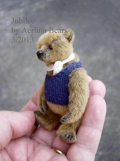 """Miniature Teddy 3""""  'Jubilee' from Aerlinn Bears"""