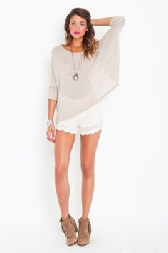 been looking for these lace shorts all summer long...