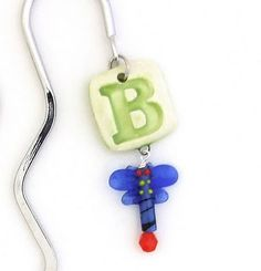 bookmark Project 4, Ceramic Beads, Ceramic Painting, Easy Gifts, Sewing Patterns, Craft Ideas, Lettering, Quilts, Holiday