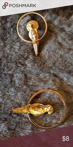 Vintage Avon Parrot lapel/tie pin Vintage Avon lapel/tie pin gold tone Avon Accessories