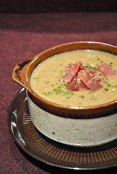 Cremige Pilz-Kartoffel-Suppe (Küchenzaubereien) - Cremige Pilz-Kartoffel-Suppe Imágenes efectivas que le proporcionamos sobre healthy dinner recipes - Hamburger Meat Recipes, Sausage Recipes, Soup Recipes, Creamy Mushrooms, Stuffed Mushrooms, A Food, Food And Drink, Soup Kitchen, Healthy Eating Tips