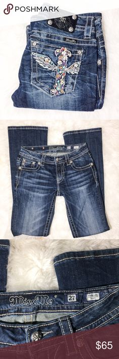 """Miss Me 27 boot cut jeans Excellent condition, size 27. All measurements are taken laying flat; waist-14.5"""", rise-7.5"""", inseam- 33"""" Miss Me Jeans Boot Cut"""